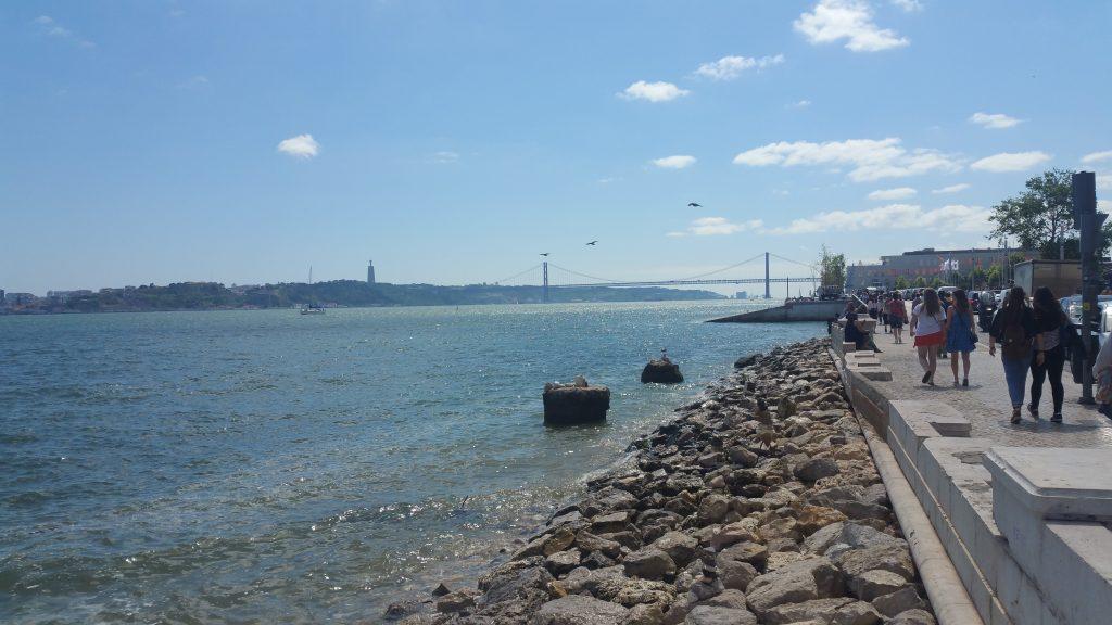 Lissabon Ufer Promenade