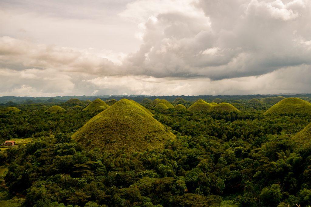 Die sehnswerten Chocolate Hills auf Bohol
