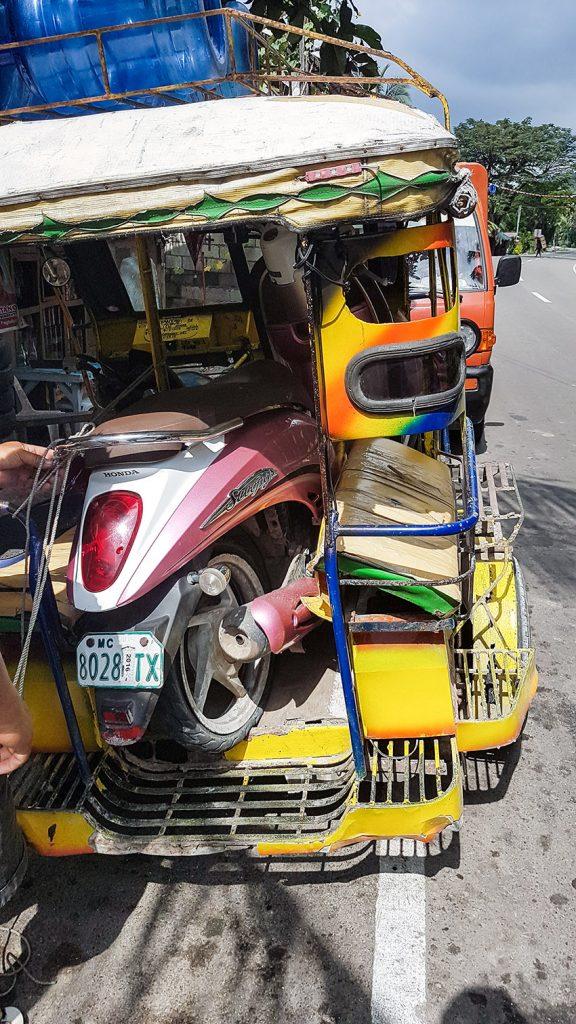 Roller im Tricycle, Philippinen