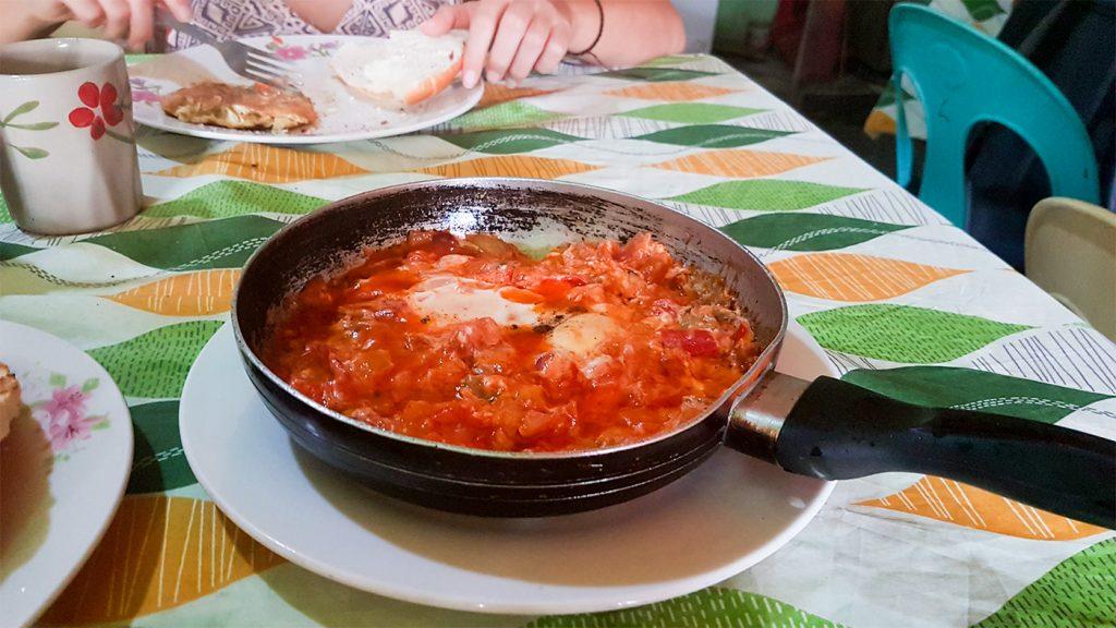 Israelisches Frühstück im Cacayan Restaurant