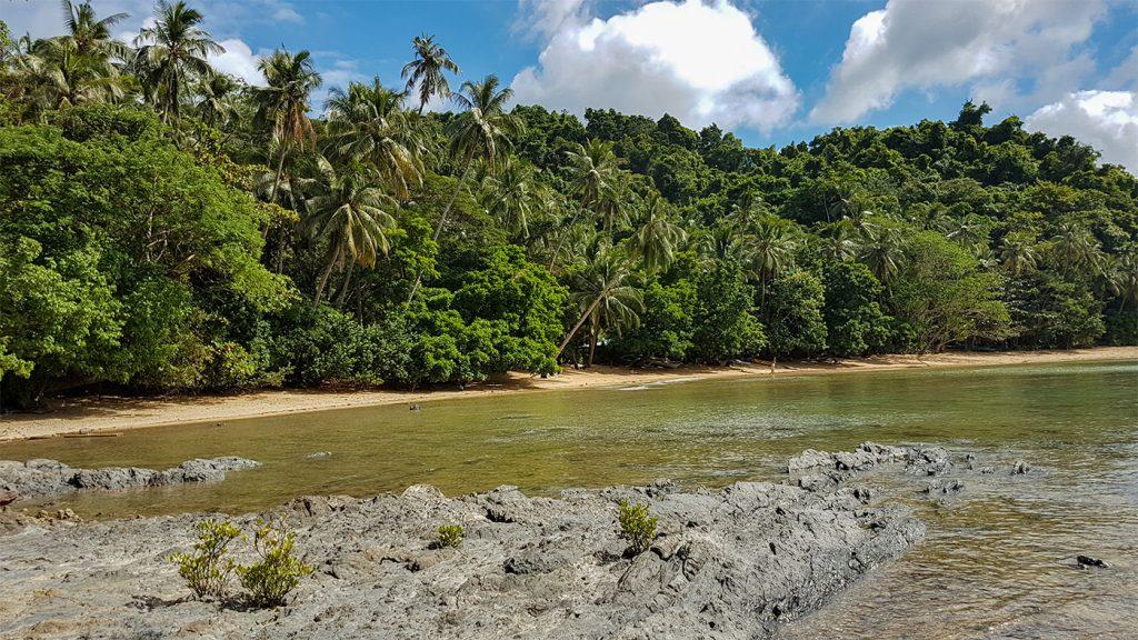 Caalan Beach direkt bei El Nido