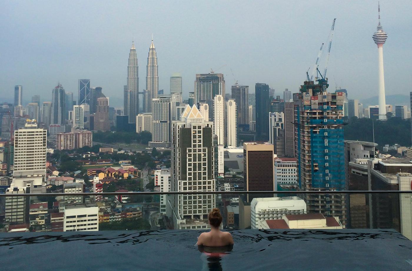 AirBnB Unterkunft mit Pool und Blick auf Kuala Lumpur