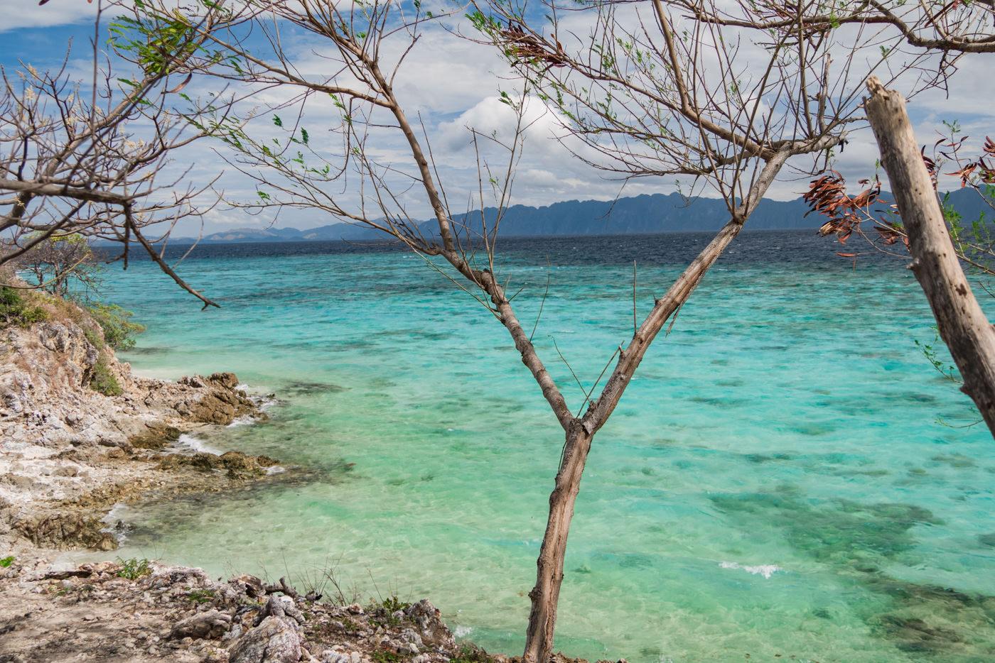 Blick auf das Meer von der Bulog Dos Island aus auf den Philippinen