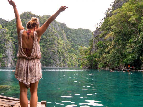 Julia am Kayangan Lake bei Busuanga auf den Philippinen