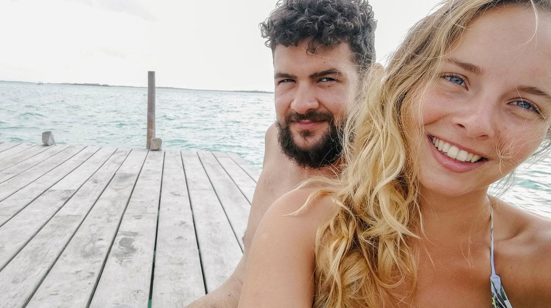 Wir sind Julia und Matthias - vom Fernweh geplagt und ständig versucht, dieses zu stillen. Am liebsten stürzen wir uns mit unseren Backpacks kopfüber ins Reiseglück.