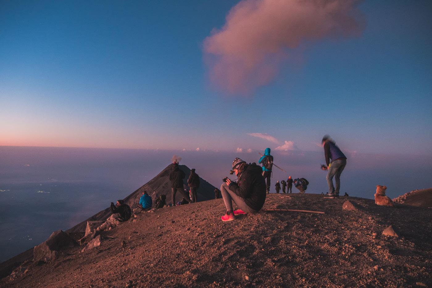Auf dem Gipfel des Vulkan Acatenango in Guatemala