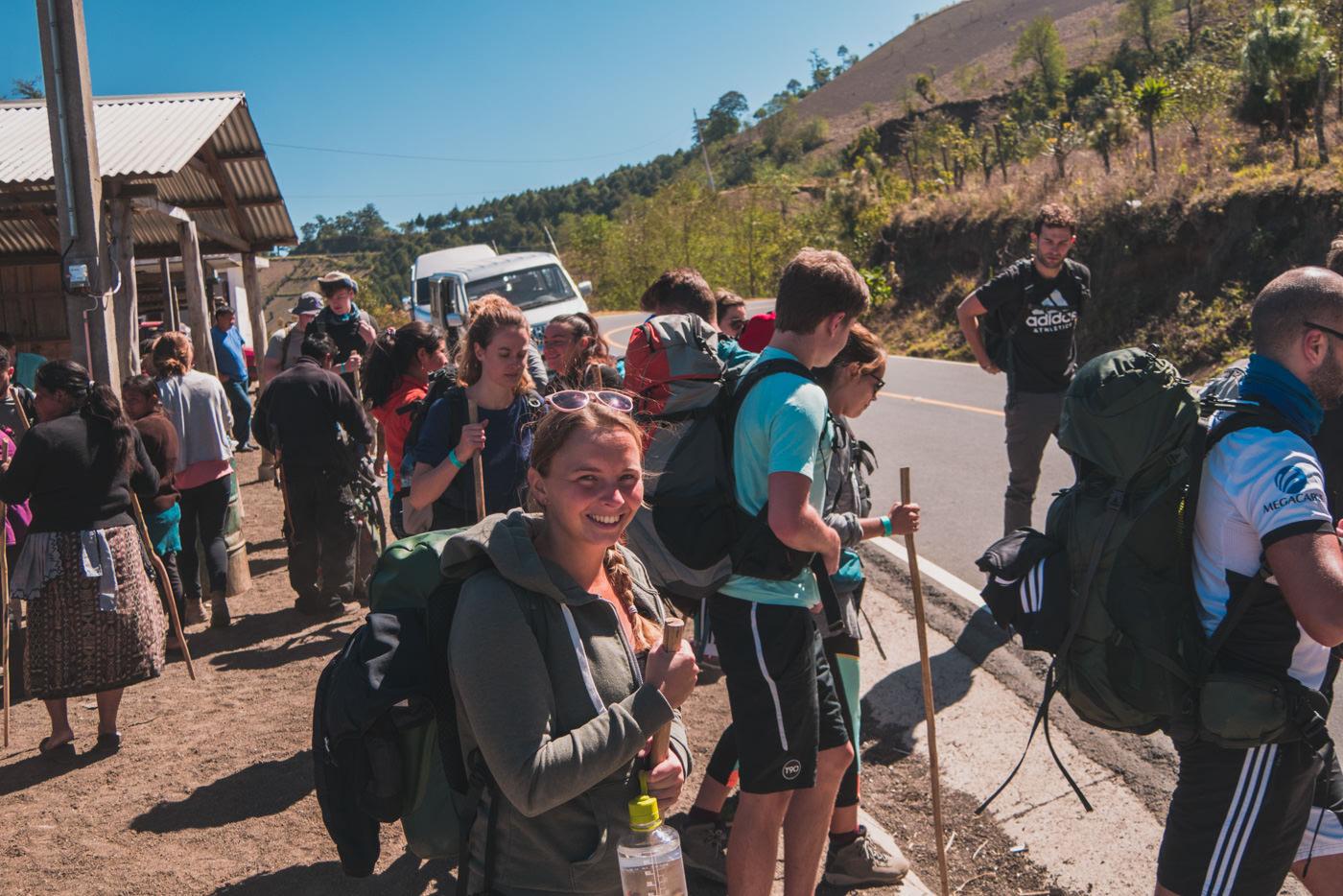 Beginn des Aufstiegs zum Vulkan Acatenango