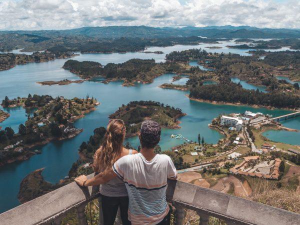 Ausblick auf die Seenlandschaft bei Guatapé