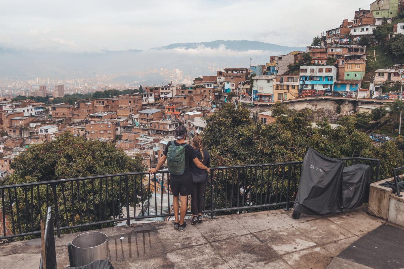 Wir in der Comuna 13 in Medellín