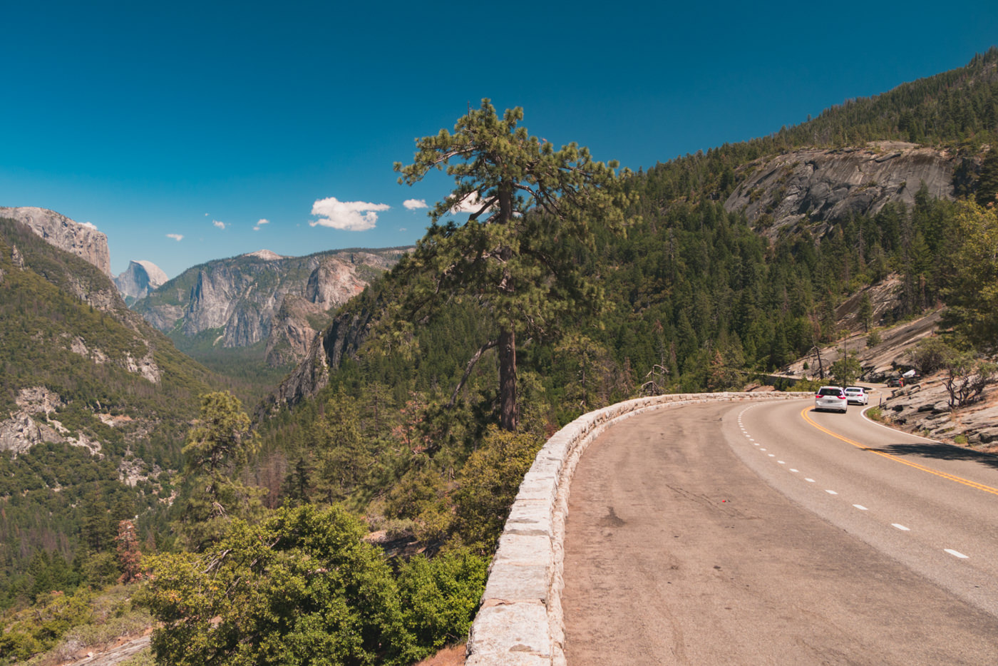 Straße im Yosemite Nationalpark