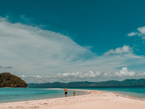 Bonbon Strand auf Romblon, Philippinen