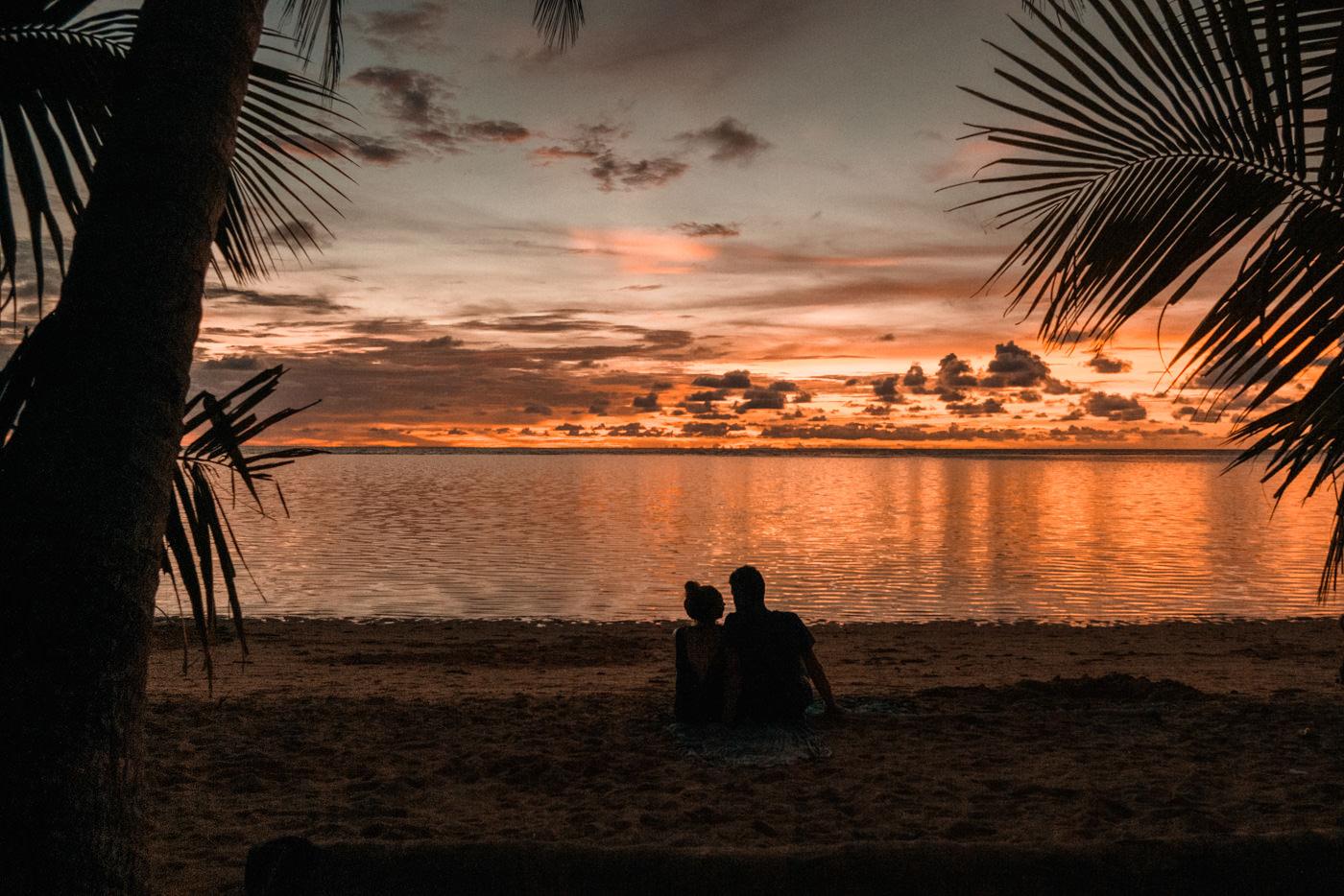 Sonnenuntergang am Ocam Ocam Strand auf Busuanga