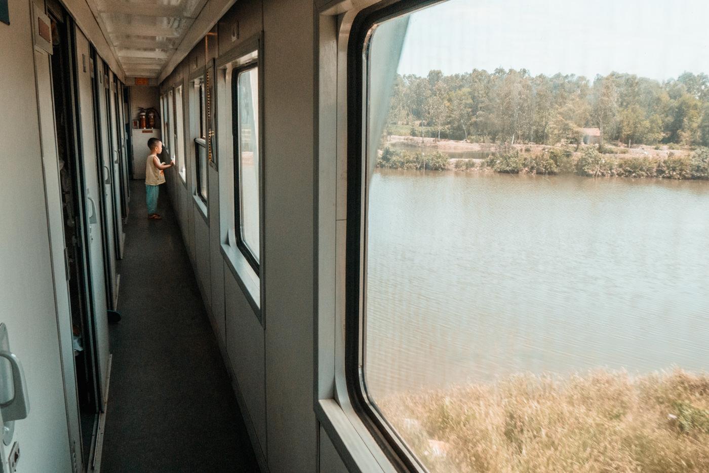 Ausblick beim Zugfahren in Vietnam