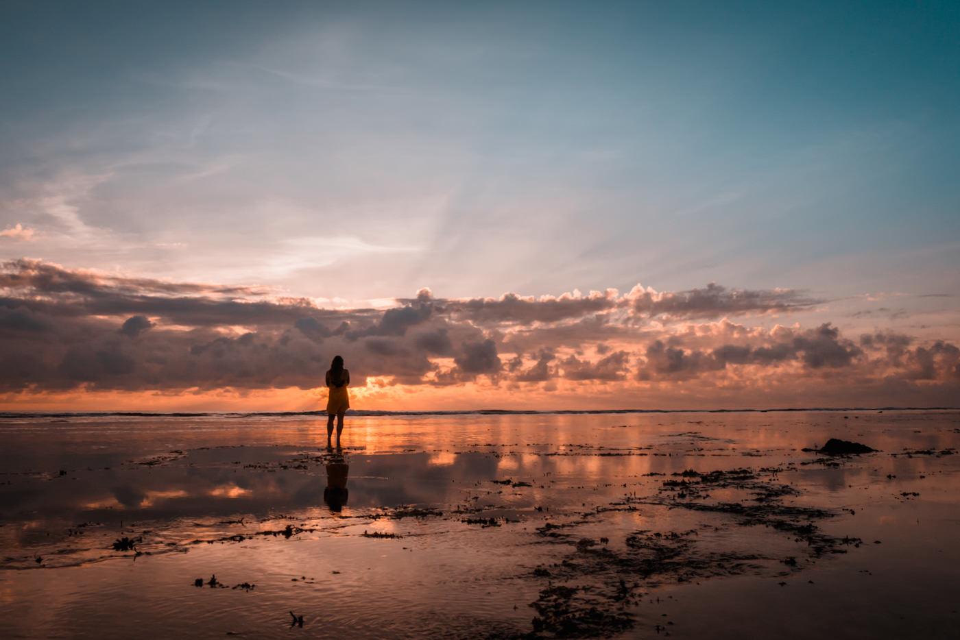 Julia im Sonnenaufgang an Cloud 9