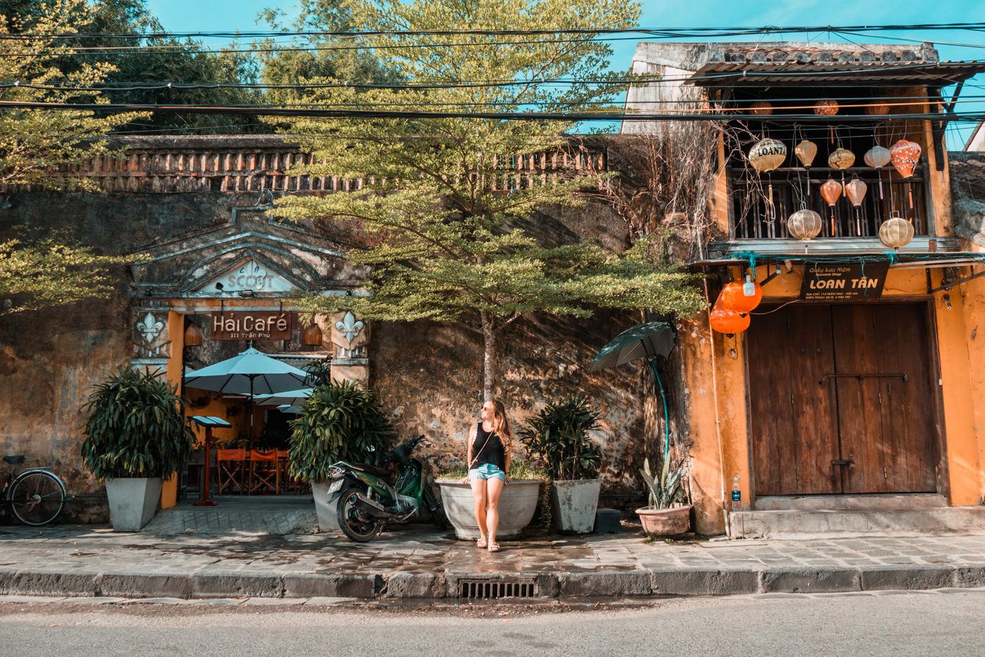 Julia in der Altstadt von Hoi An