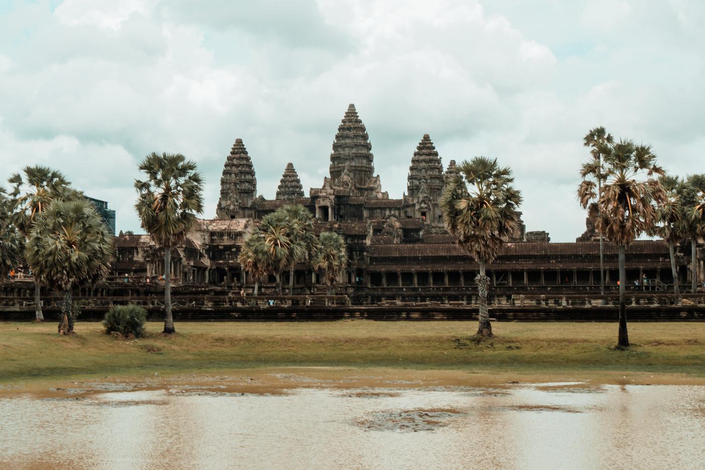 Seerosenteich vor Angkor Wat, Kambodscha
