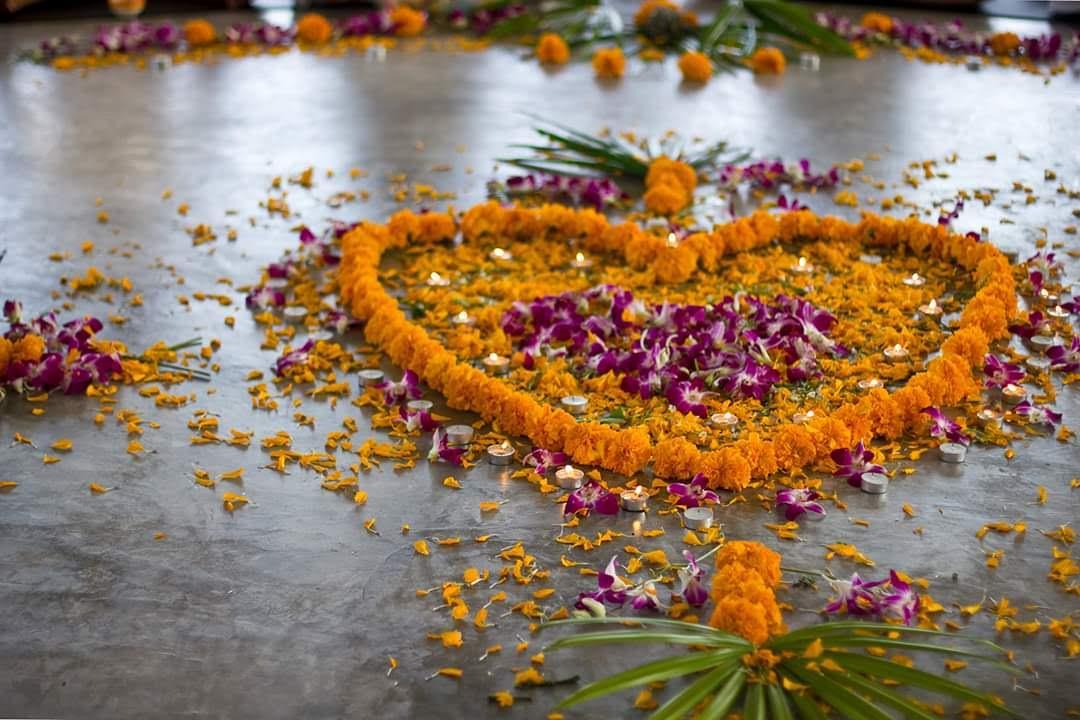 Herz aus Blüten beim YTT