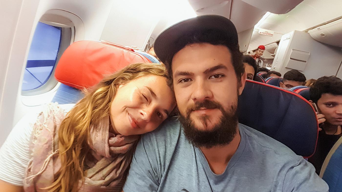 Wir im Flugzeug nach Deutschland