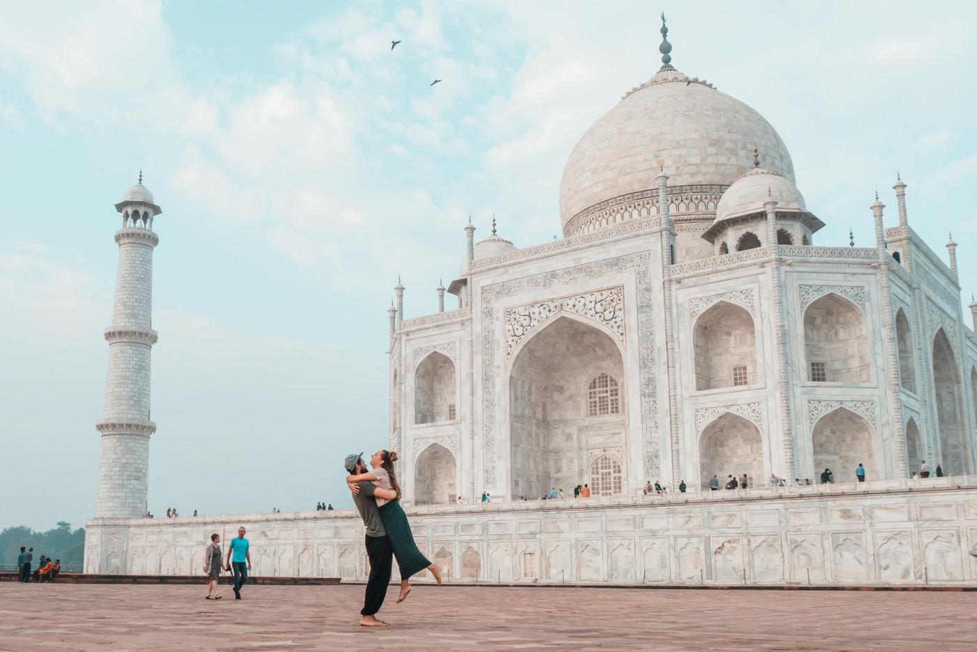 Wir vor dem Taj Mahal in Agra